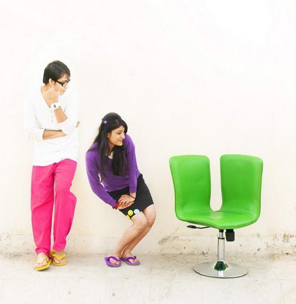 Яркое кресло для двоих от дизайнеров Paul Sandip и Suhasini Paul.