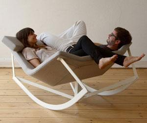 Трансформируемое кресло-качалка для двоих от Markus Krauss.