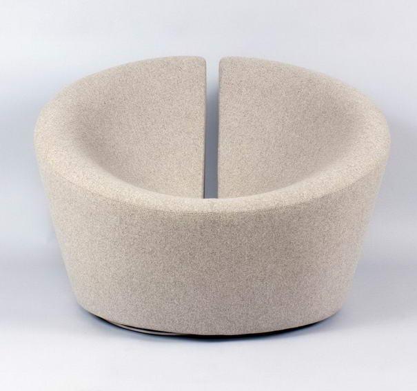 Удобный кашемировый пуф, который волей-неволей подтолкнет парочку в объятия друг-друга