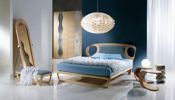 Кровать с ушами и мягким изголовьем