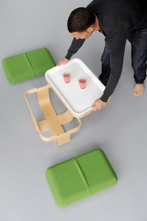 Дизайнер Antoine Lesur (Mister T - журнальный столик, подушку, поднос, табурет, подставку для ног)